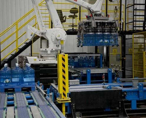Damacana yükleme robotu